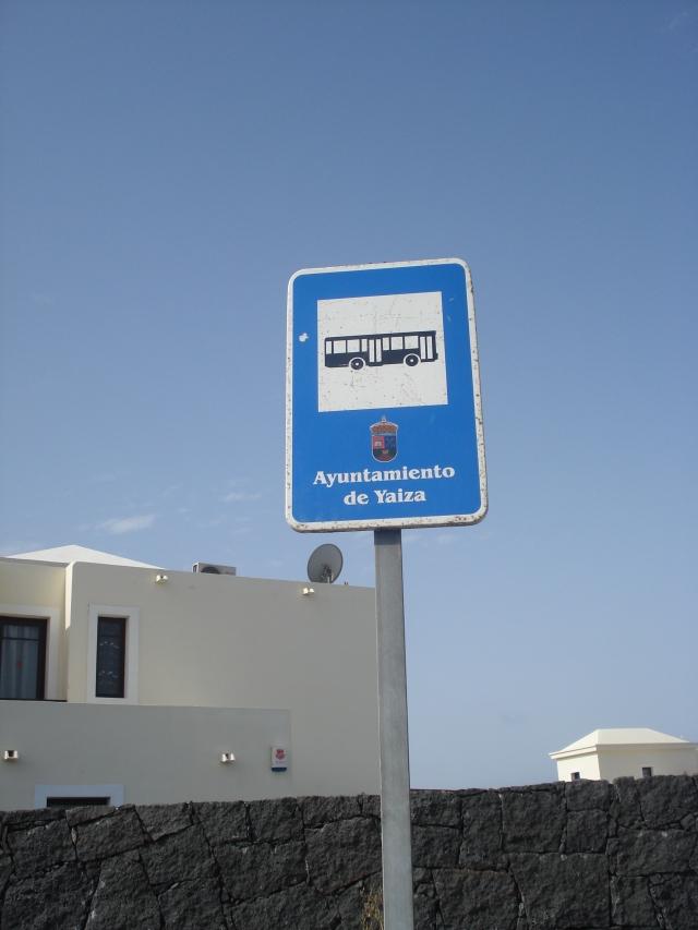 Arrêt de bus Bajo Los Riscos [Bus stop Bajo Los Riscos]