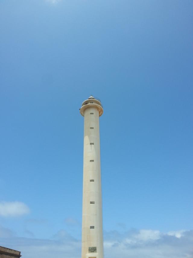 Phare de Pechigera (Faro de Pechigera) [Pechigera's lighthouse (Faro de Pechigera)]