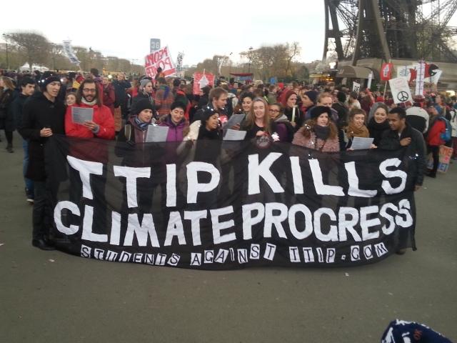 TAFTA tue les progrès sur le climat [TTIP kills climate progress]