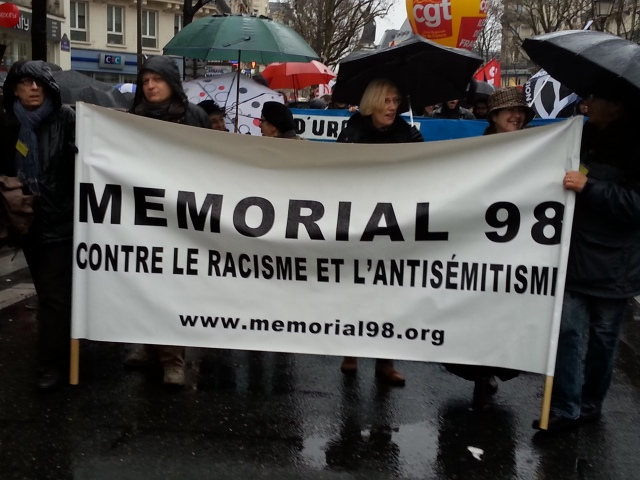 Contre le racisme et l'antisémitisme [Against racism and anti-Semitism]