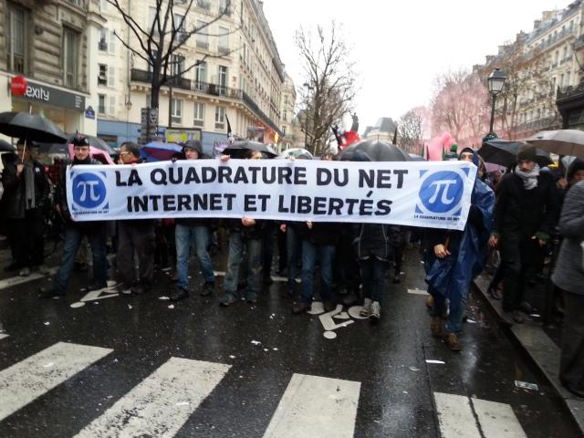 La quadrature du net, internet et libertés [The squaring of the net, internet and freedoms]