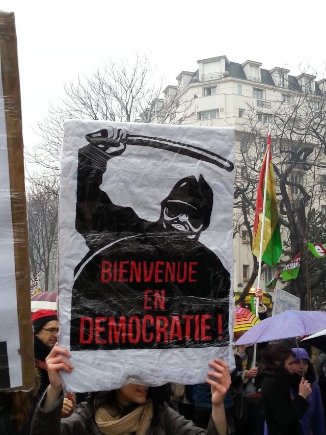 Bienvenue en démocratie [Welcome to democracy]