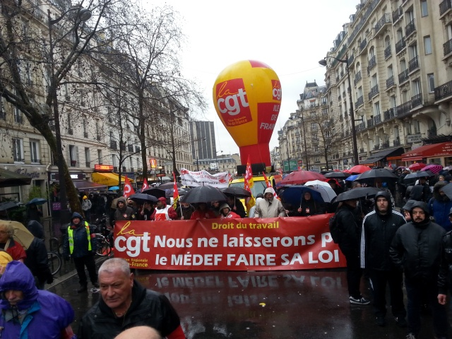 Droit du travail, nous ne laisserons pas le MEDEF faire sa loi, CGT URIF [Work law, we won't let the MEDEF impose its rule, CGT URIF]