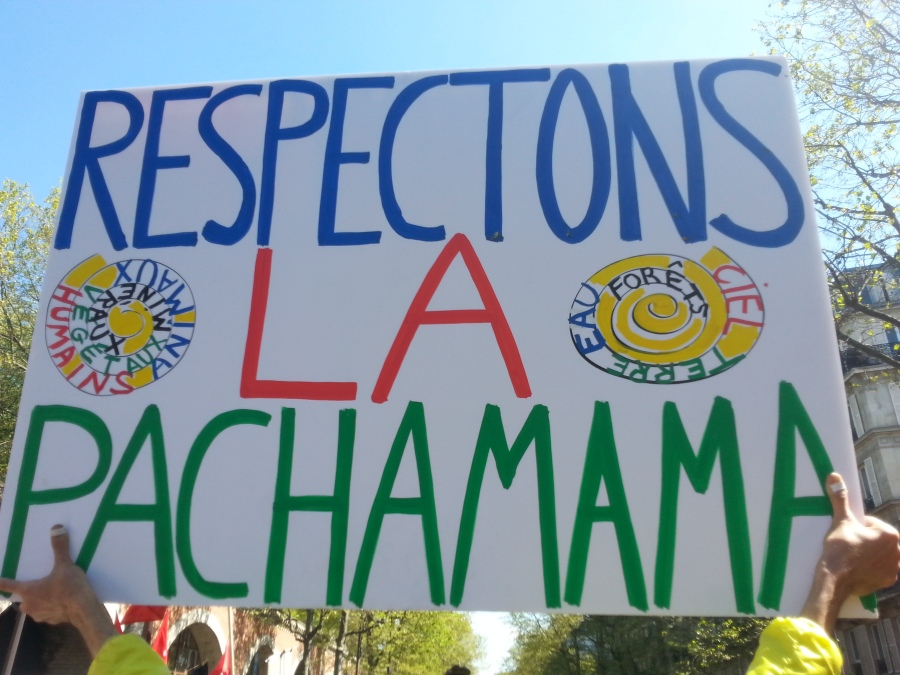 Respectons le pachamama [Let's respect the pachamama]