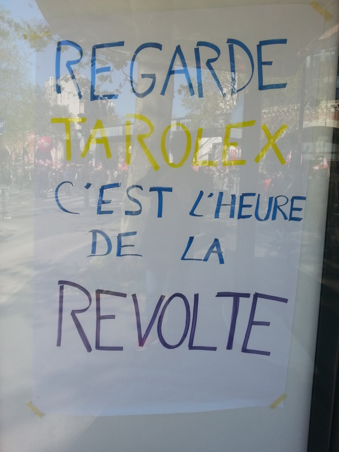Regarde ta rolex, c'est l'heure de la révolte [Watch your rolex, it's the time of the revolt]