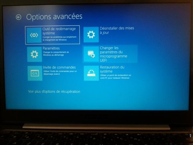Modèle R420M Ordinateur portable ASUSTek Computer Inc. Options avancées [Model R420M Notebook PC ASUSTek Computer Inc. Advanced options]