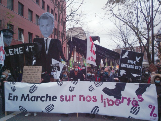En marche sur nos libertés, Attac [Walking on our freedoms, Attac]