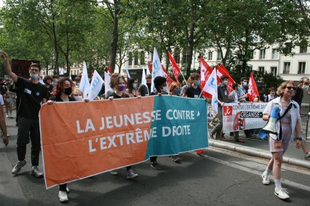 La jeunesse contre l'extrême droite, UNEF [The youth against the far right wing, UNEF]